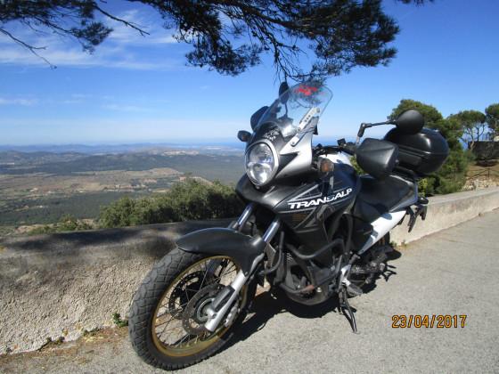 ....meine Reiseenduro.   Honda Transalp 700